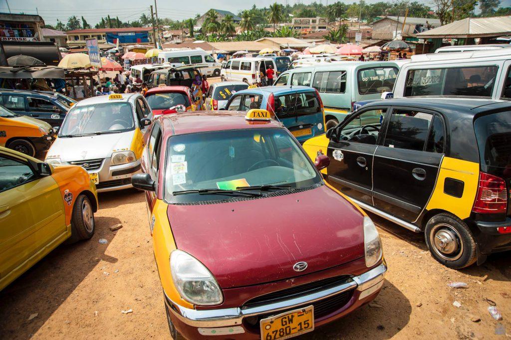 Unterwegs auf Ghana's Straßen