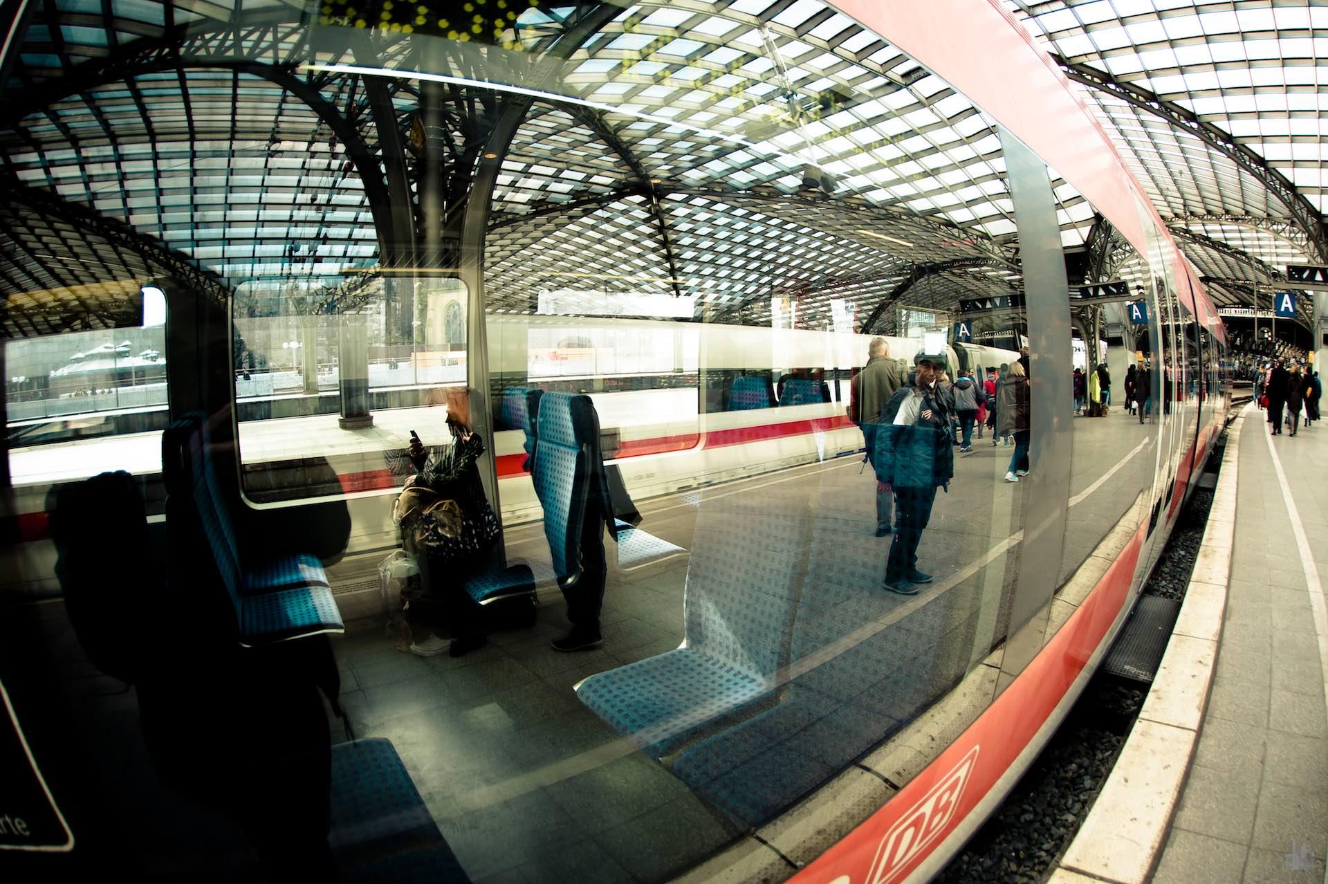 Zugfahrt nach Köln